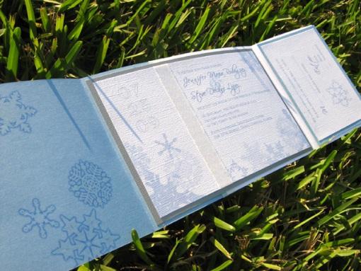 Winter Wedding Invitation Wording: Gorgeous Winter Wedding Invitations